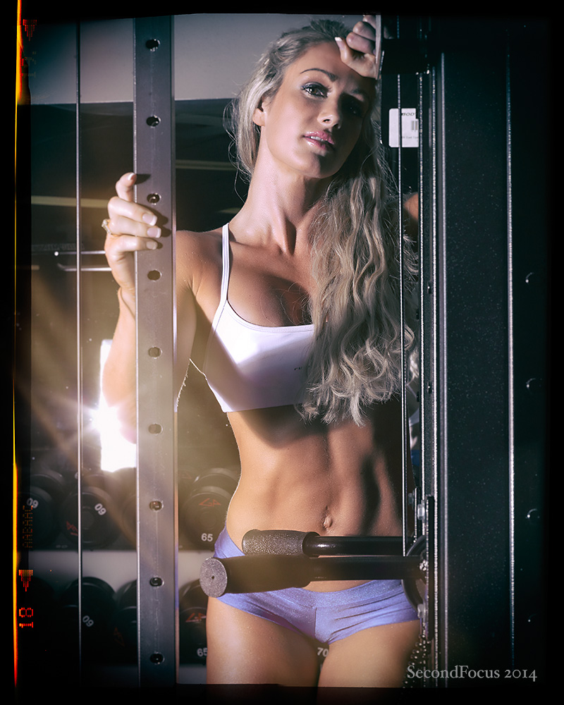 Raechelle In The Gym