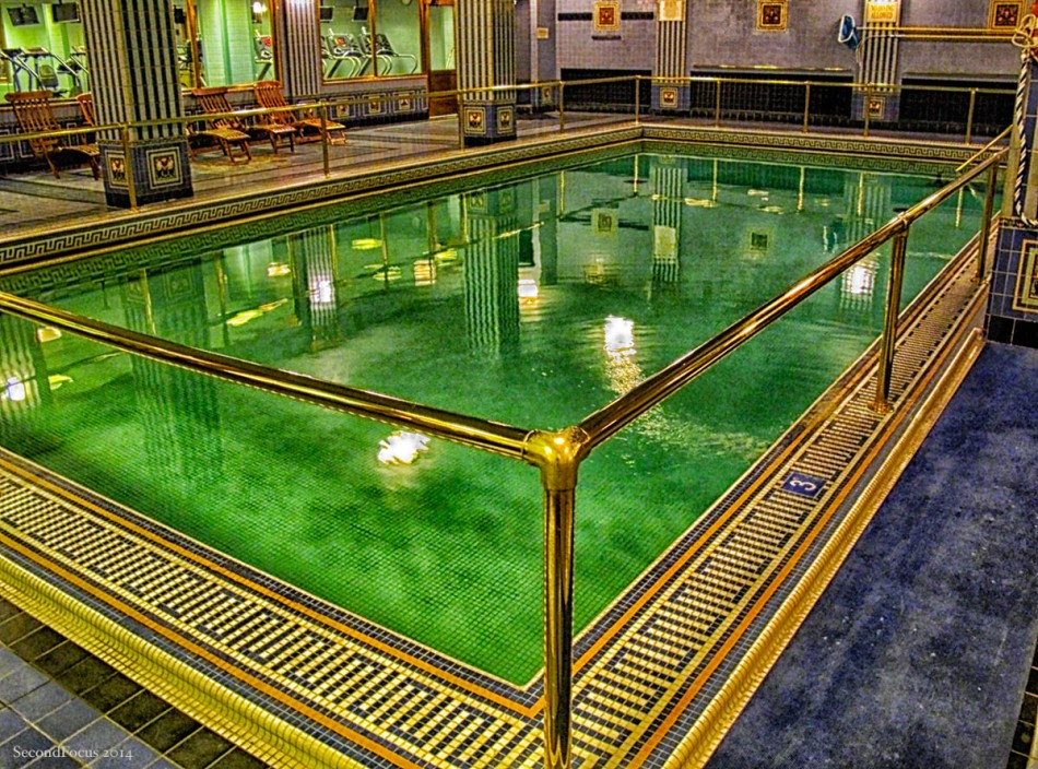 A Swim On A 1920's Luxury Ocean Liner...
