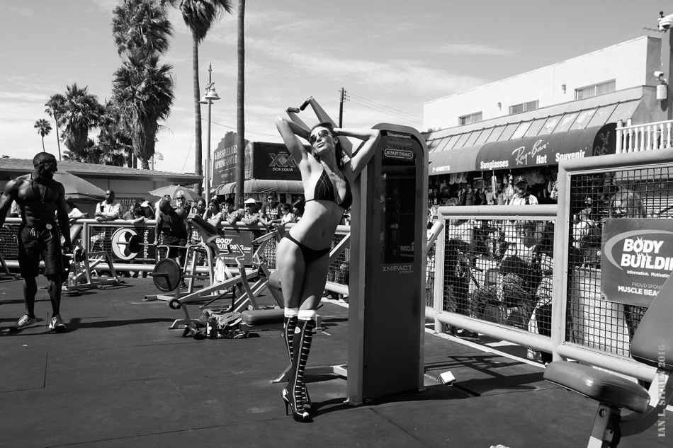 Maria Bertrand In The Pit At Muscle Beach