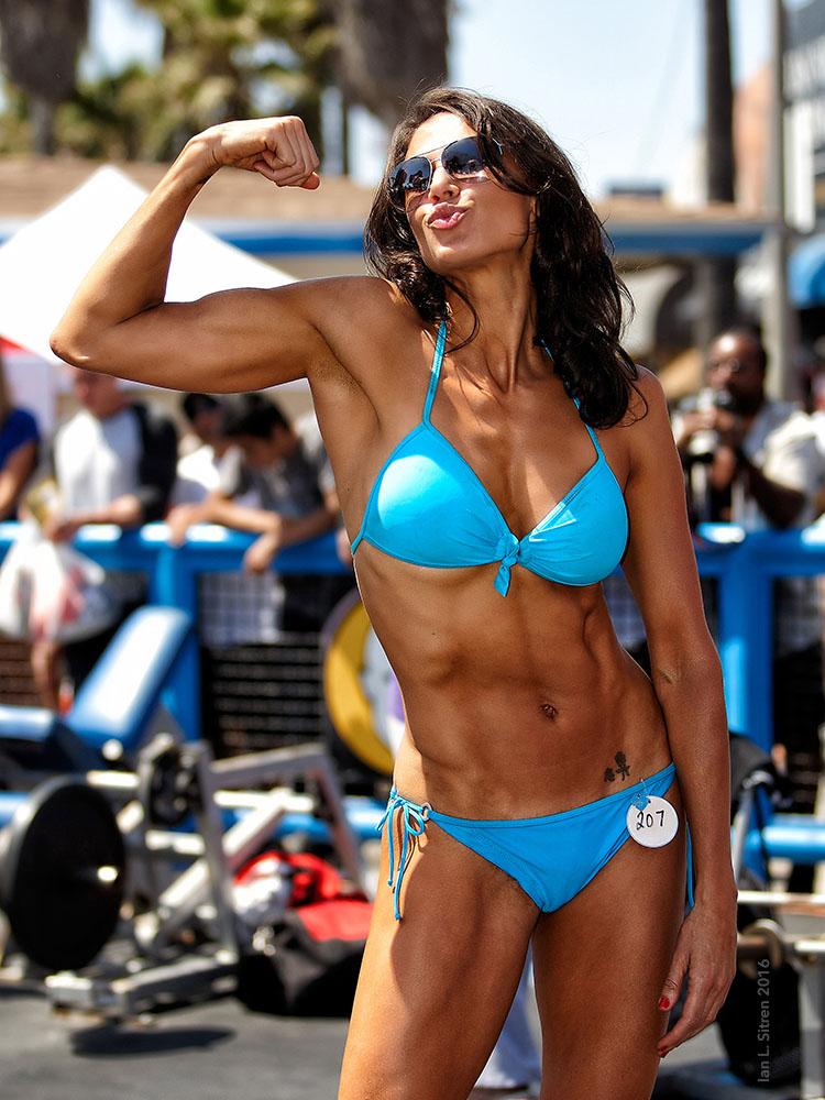 Maria Yvonne Bertrand at Muscle Beach