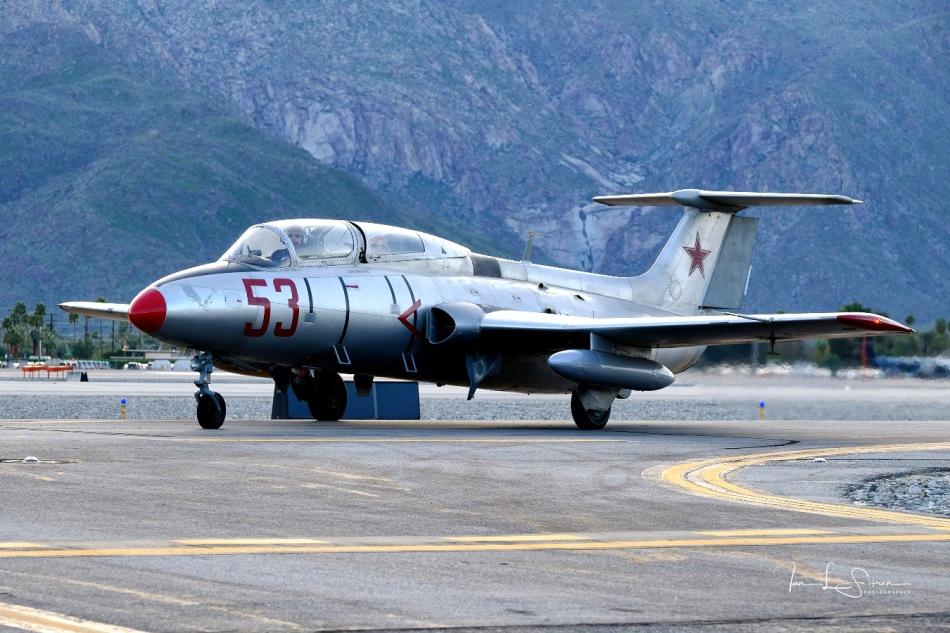 MiG Flug L29