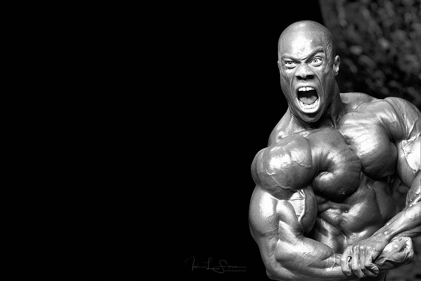 Phil Heath Winning the 2006 IFBB Colorado Pro