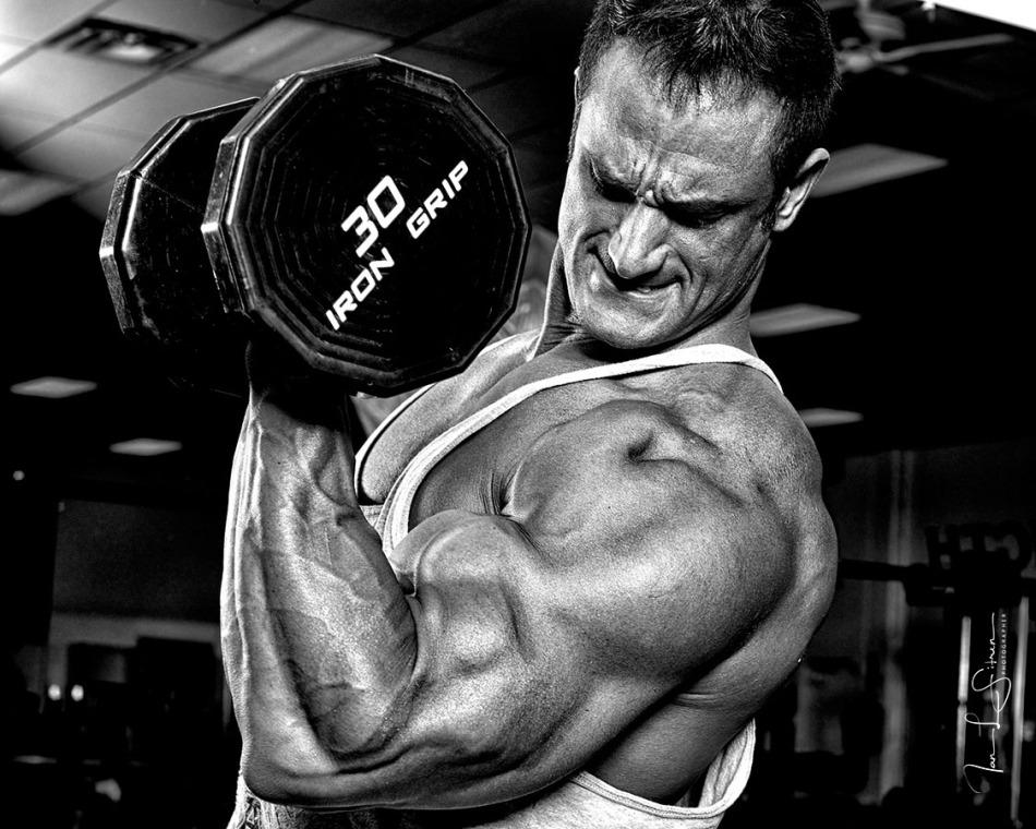 Bodybuilder Dan Decker