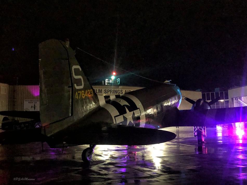 C-47_VIPs_Taxi-sm