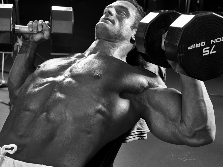 Bodybuilder Dan Decker In The Gym